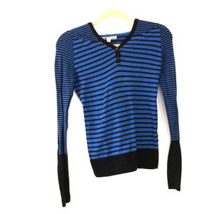 Tops - Hooded Long sleeved striped shirt